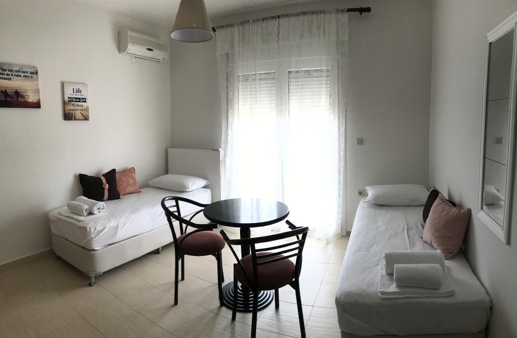 Orange House Apartments & Suites