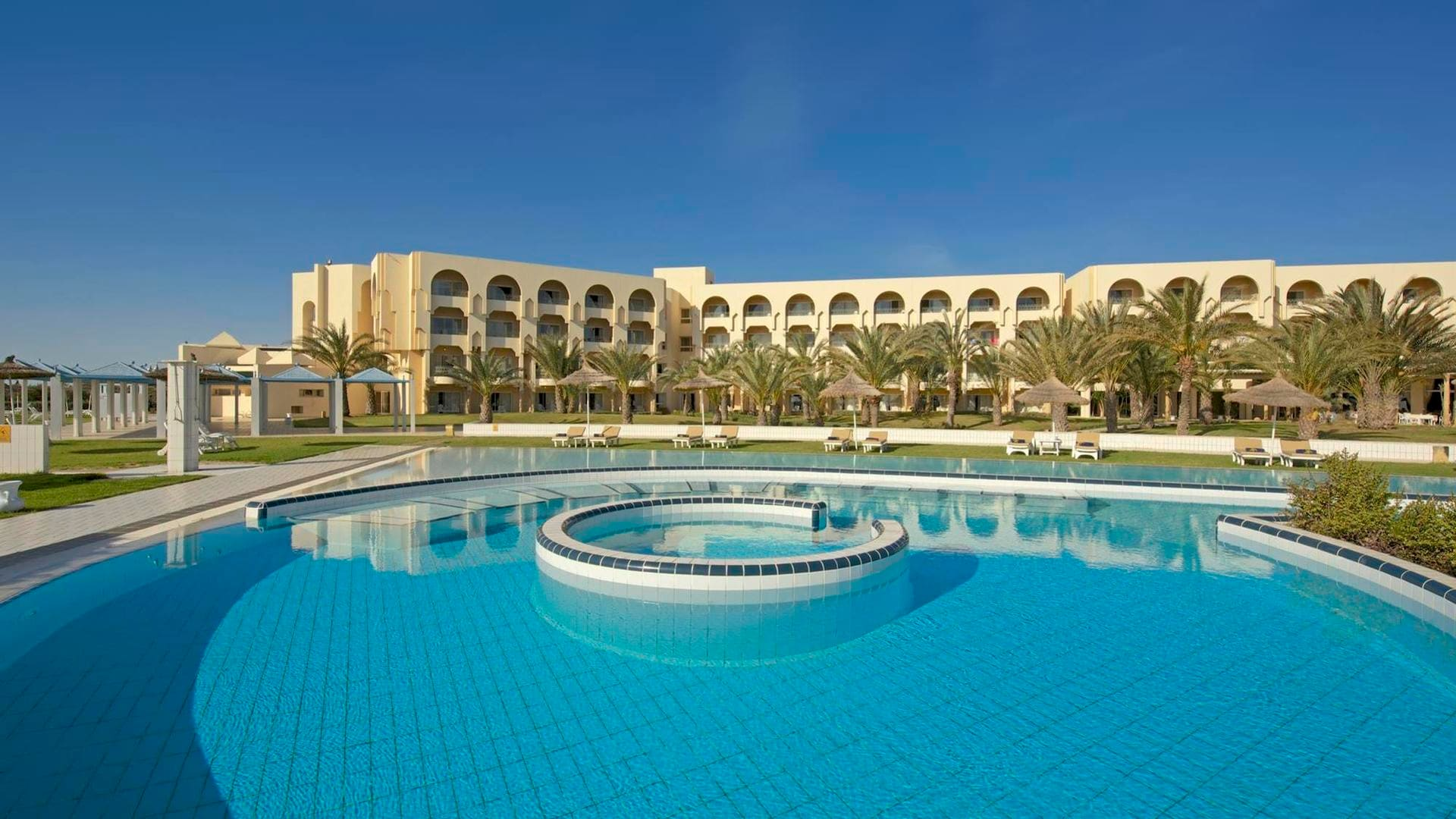 Iberostar Averroes Hotel 4*
