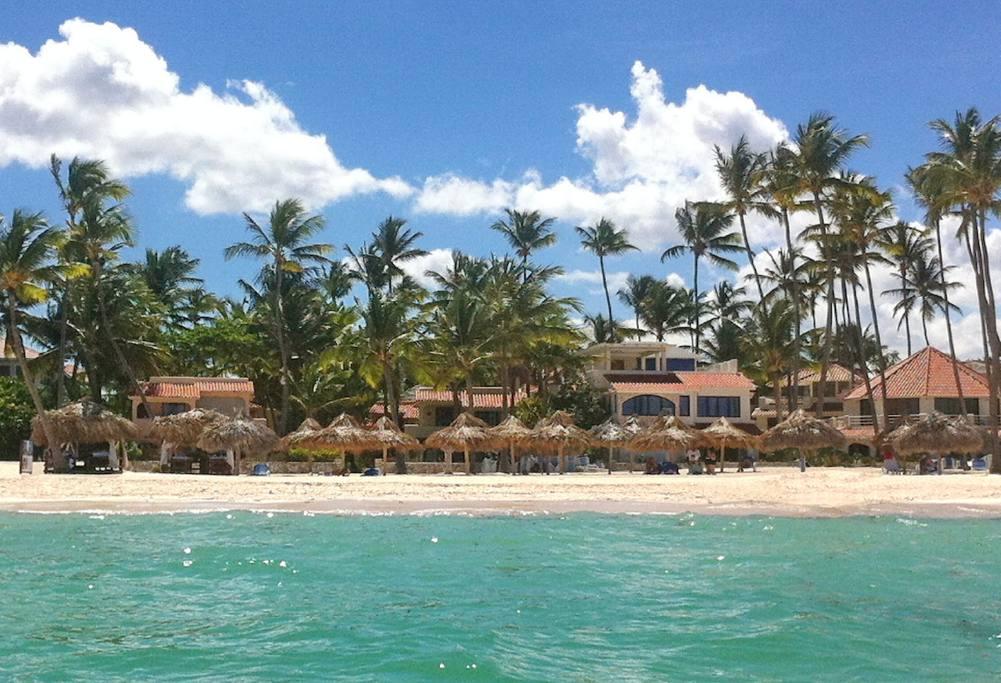 Los Corales Beach Resort And Spa