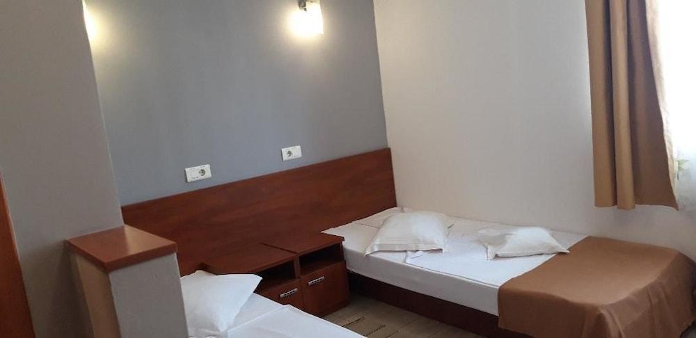 City Hotel Bucharest