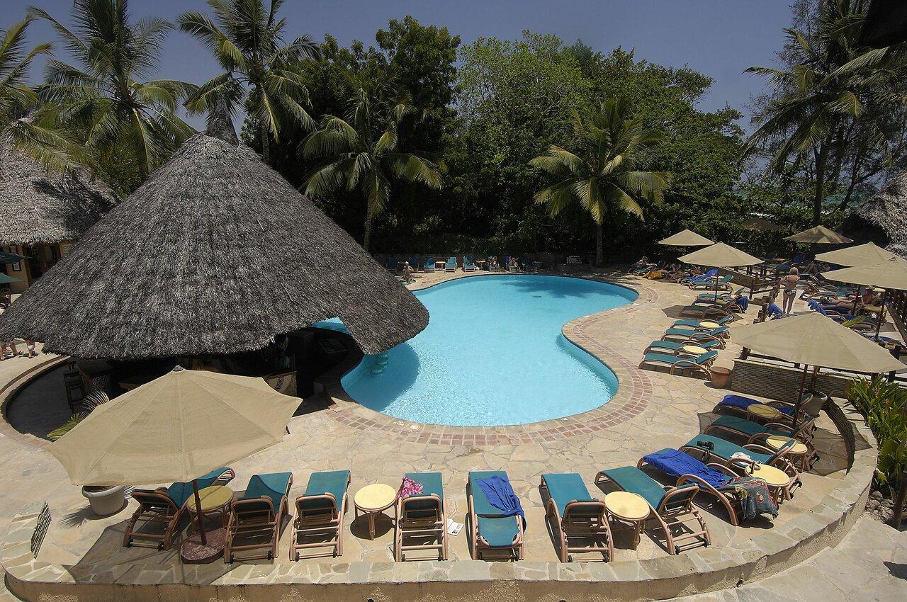 Pinewood Beach Resort And Spa