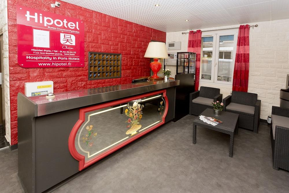 Hipotel Buttes Chaumont Hotel