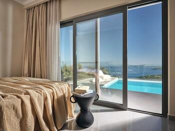 Thea lux natur villa
