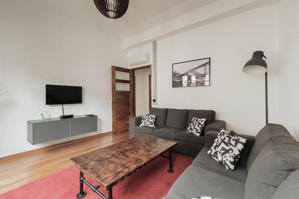 Puro Apartment