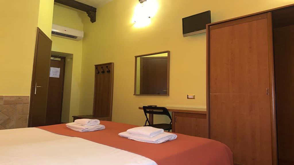 Hotel Palestro Palace