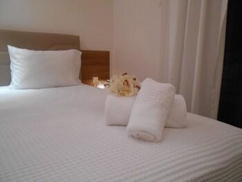 Kinira Beach Hotel