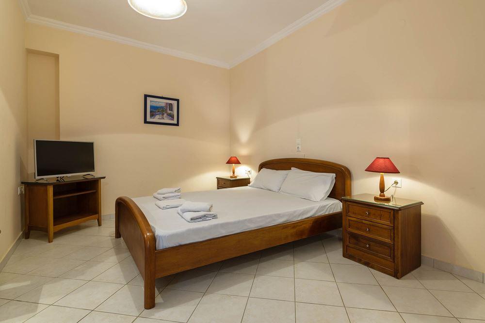 Dinos Hotel