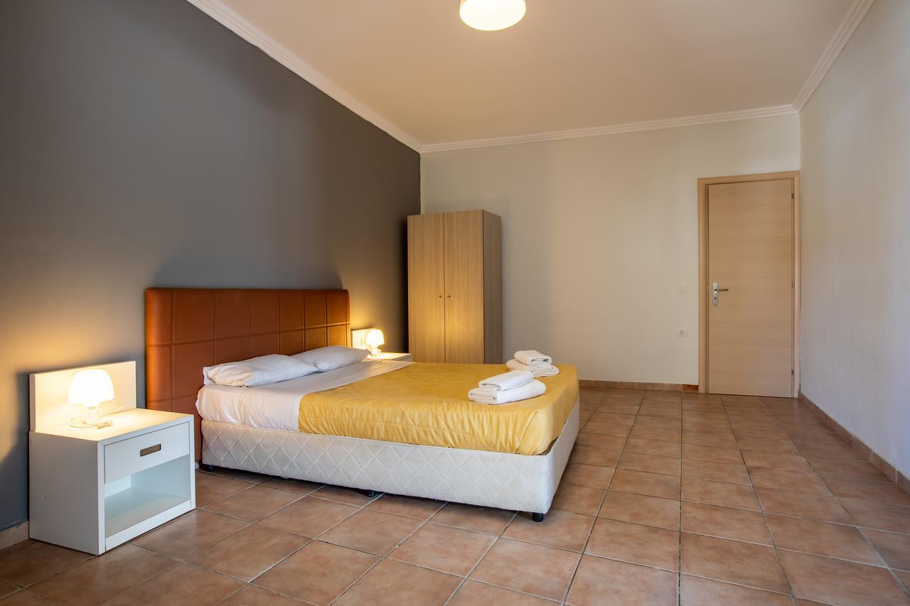 White Olive Premium Cameo Hotel