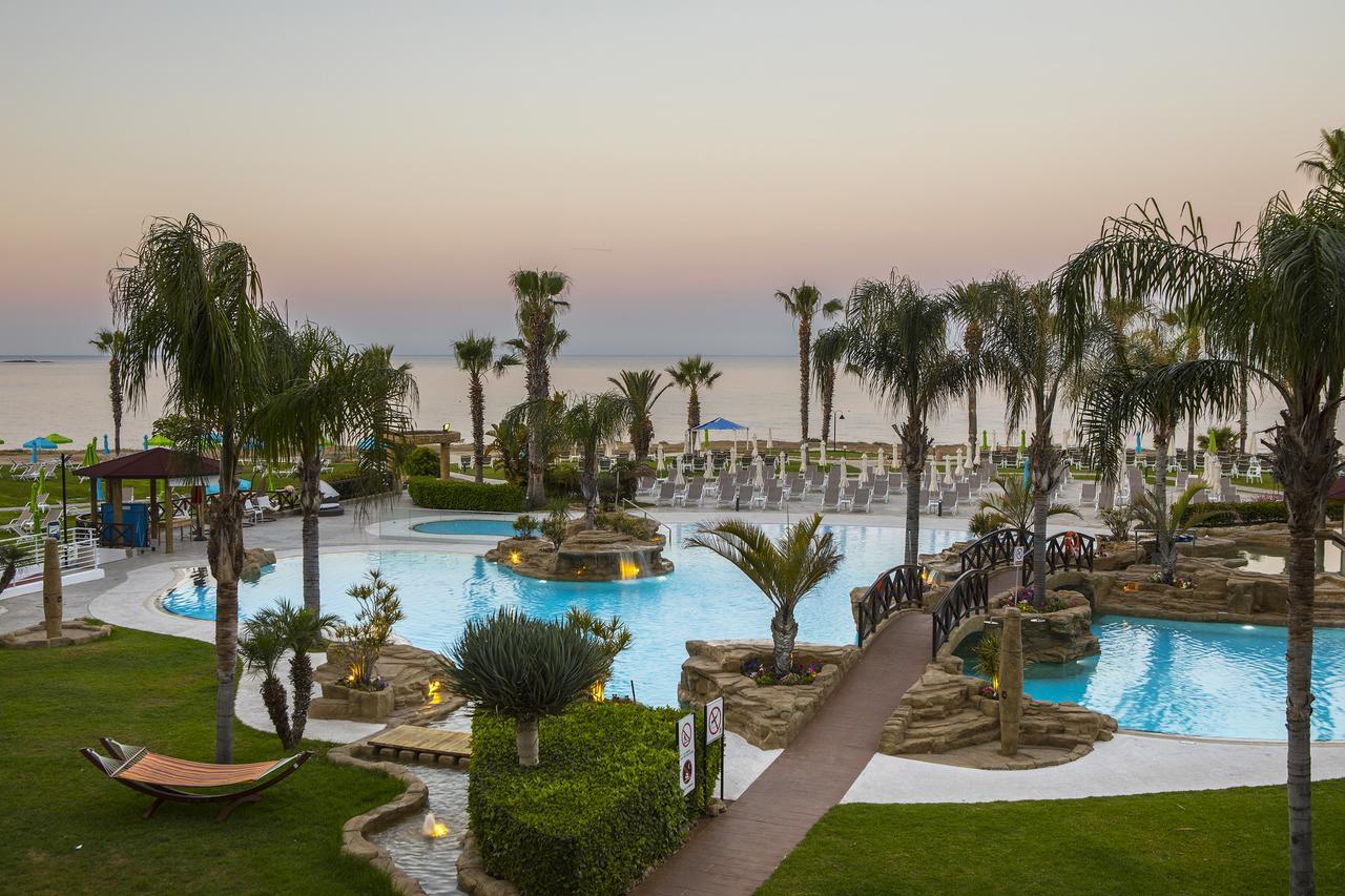 Hotel Leonardo Cypria Bay