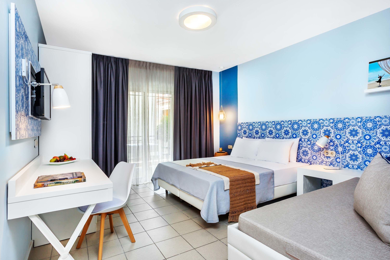 Core Hotel Polychrono