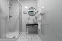 Siddiqi Pension ``Hotel Schreder``