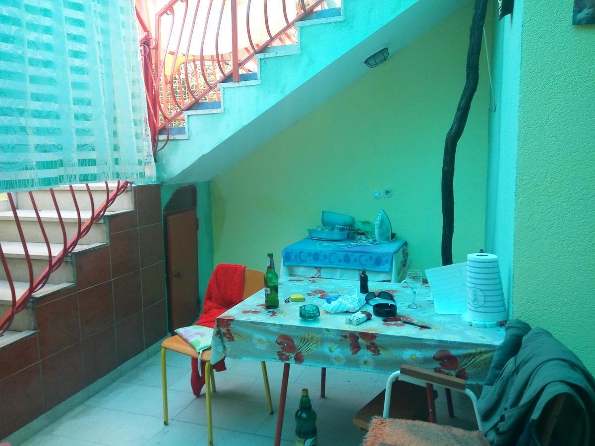 Apartmani Ana Leko