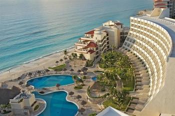 Grand Park Royal Luxury Resort Cancun