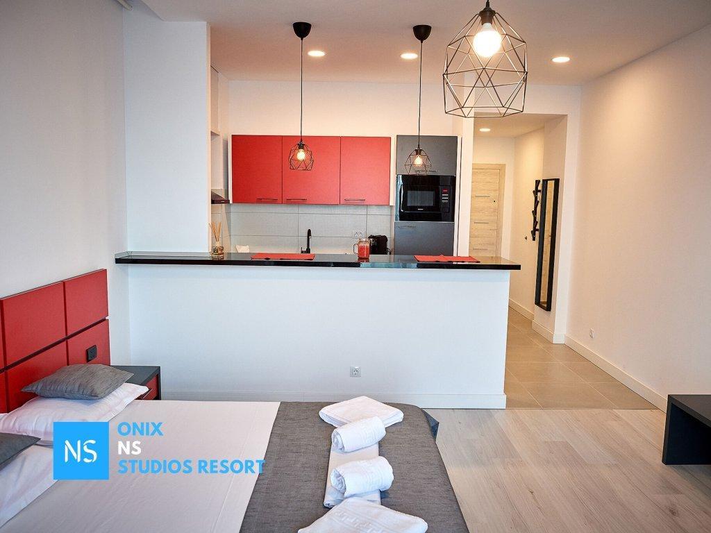 Onix Ns Studios Resort Apartments