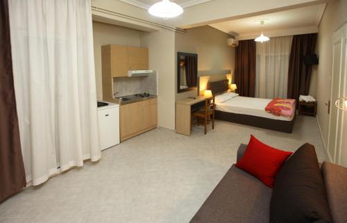 Mironi And Victoria Hotel