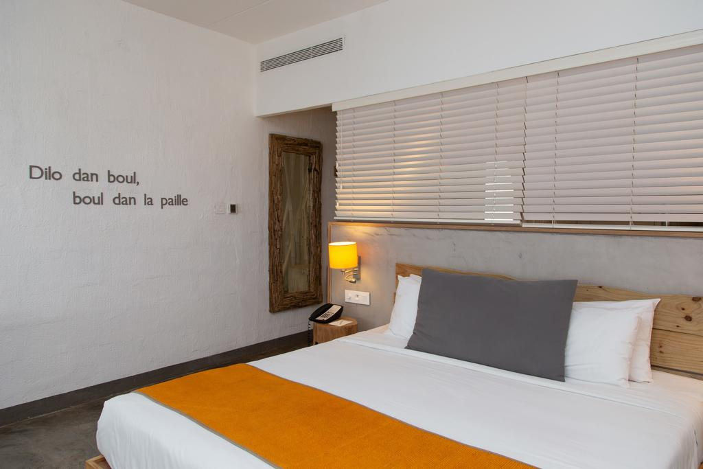Zilwa Attitude Hotel