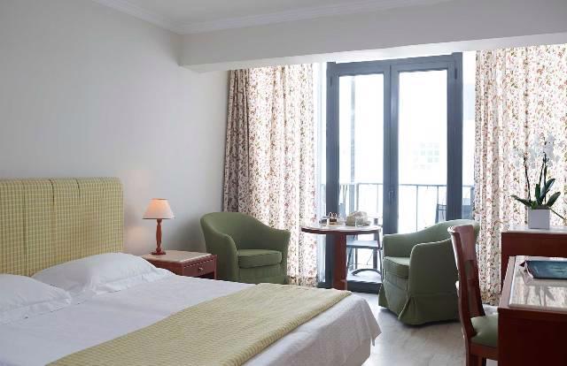 LA VITA HOTEL