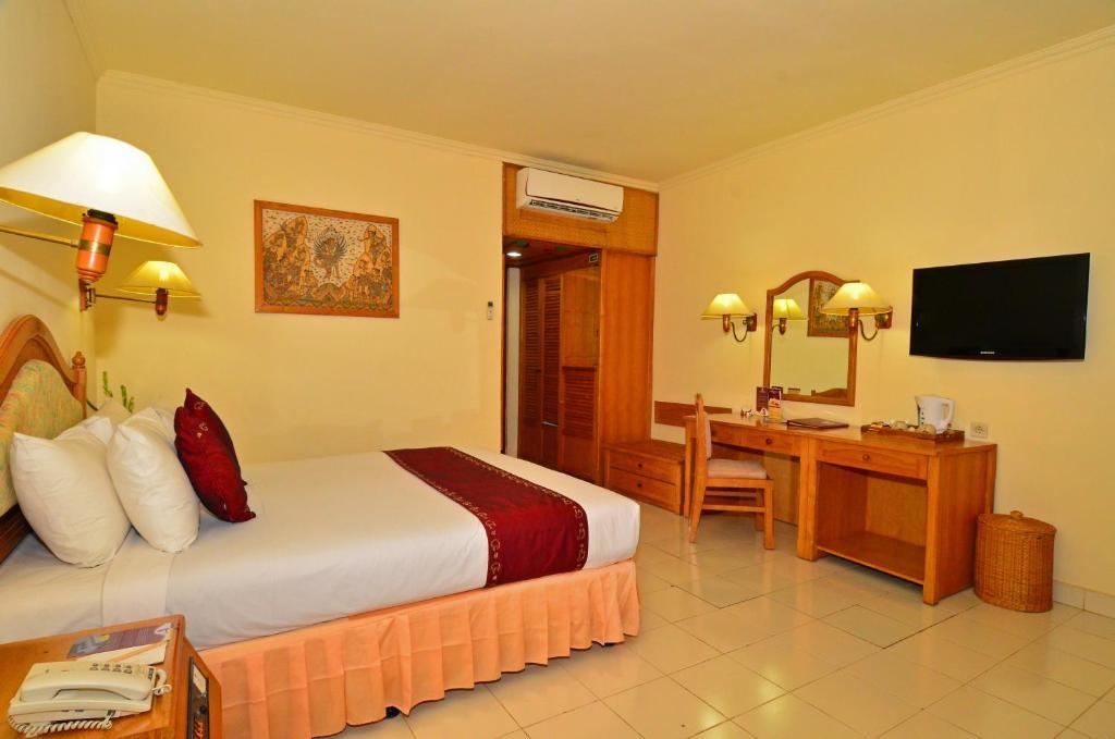 Inna Sindhu Beach Hotel & Resort