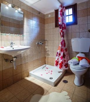 Ceratonia Apartments