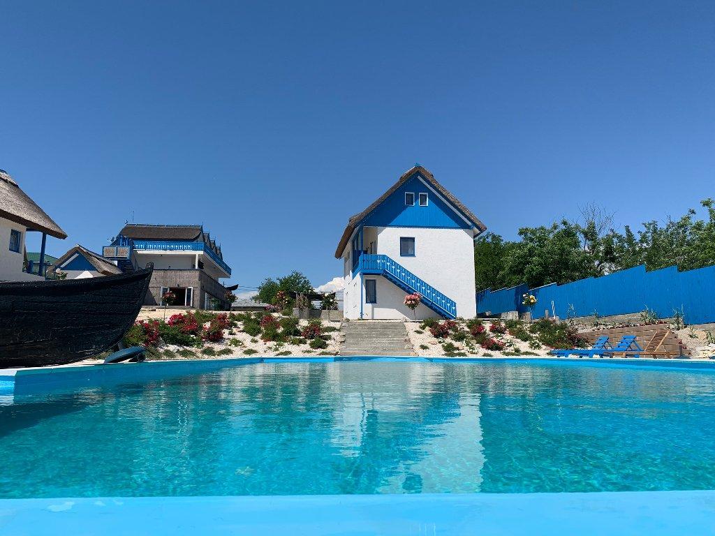 Nena Art Resort
