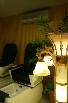 Latanya Palm