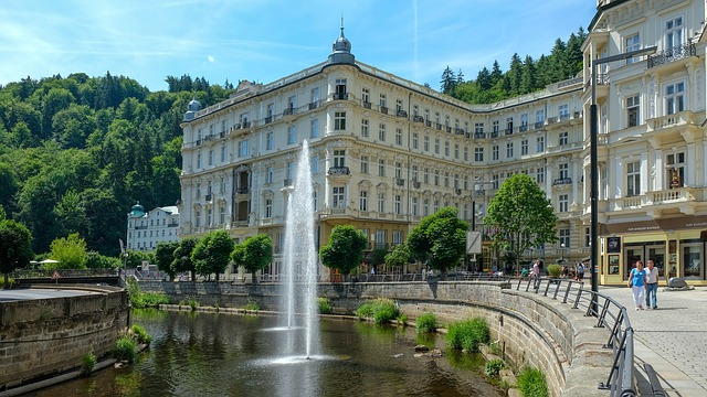 PRAGA- Comorile Moraviei (HOTEL 3*)