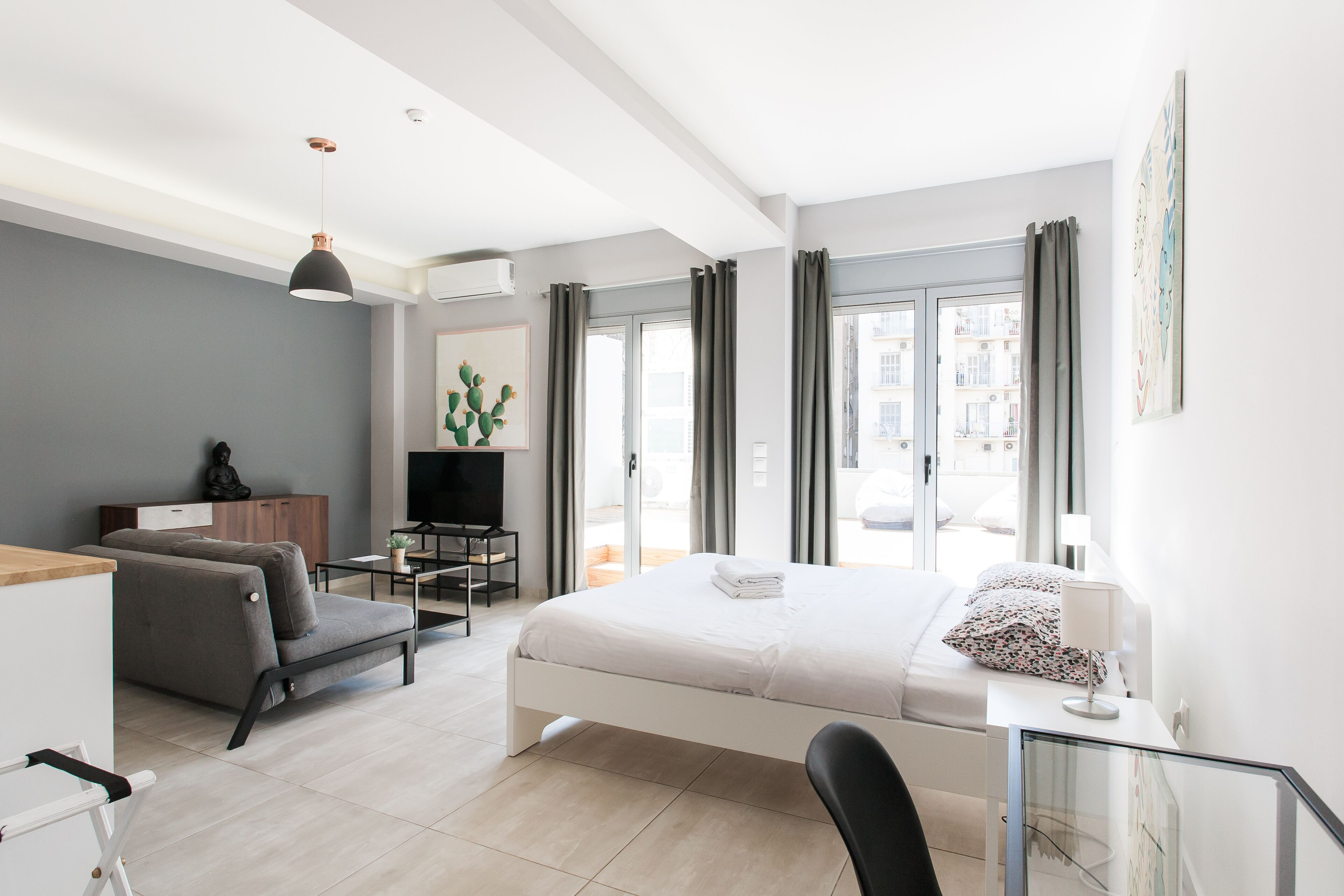 Omnia Pagrati Apartments