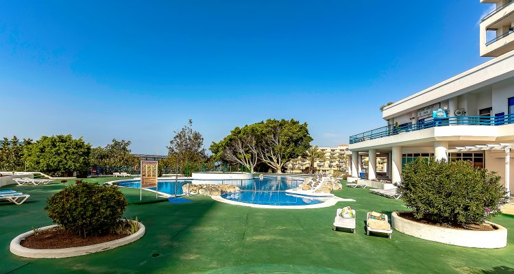 South Paradise Apartments