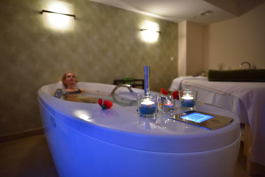 Hotel O3Zone - Oferta standard - Mic dejun