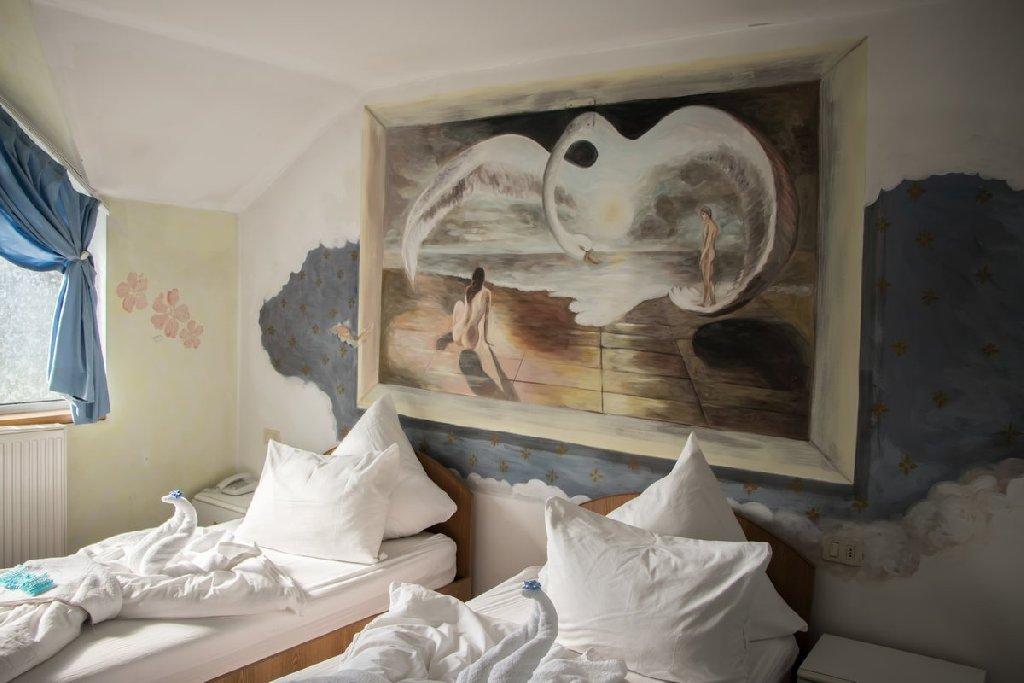 Ma Hotels