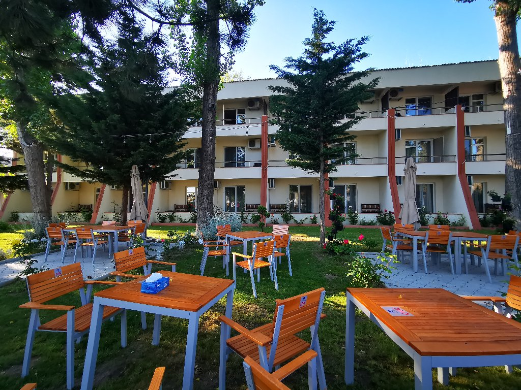 Complex Hotelier Voila-Caraiman