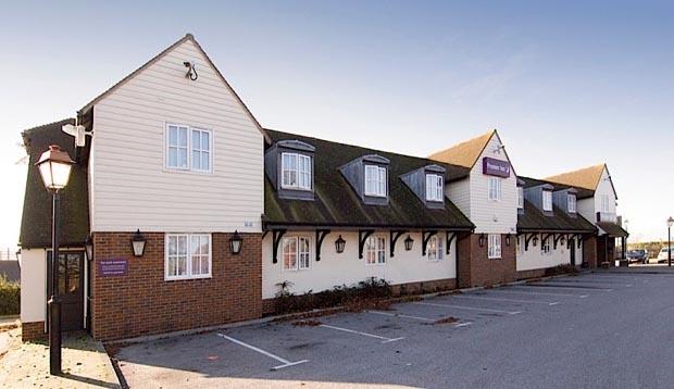 Premier Inn Gravesend (a2/singlewell)