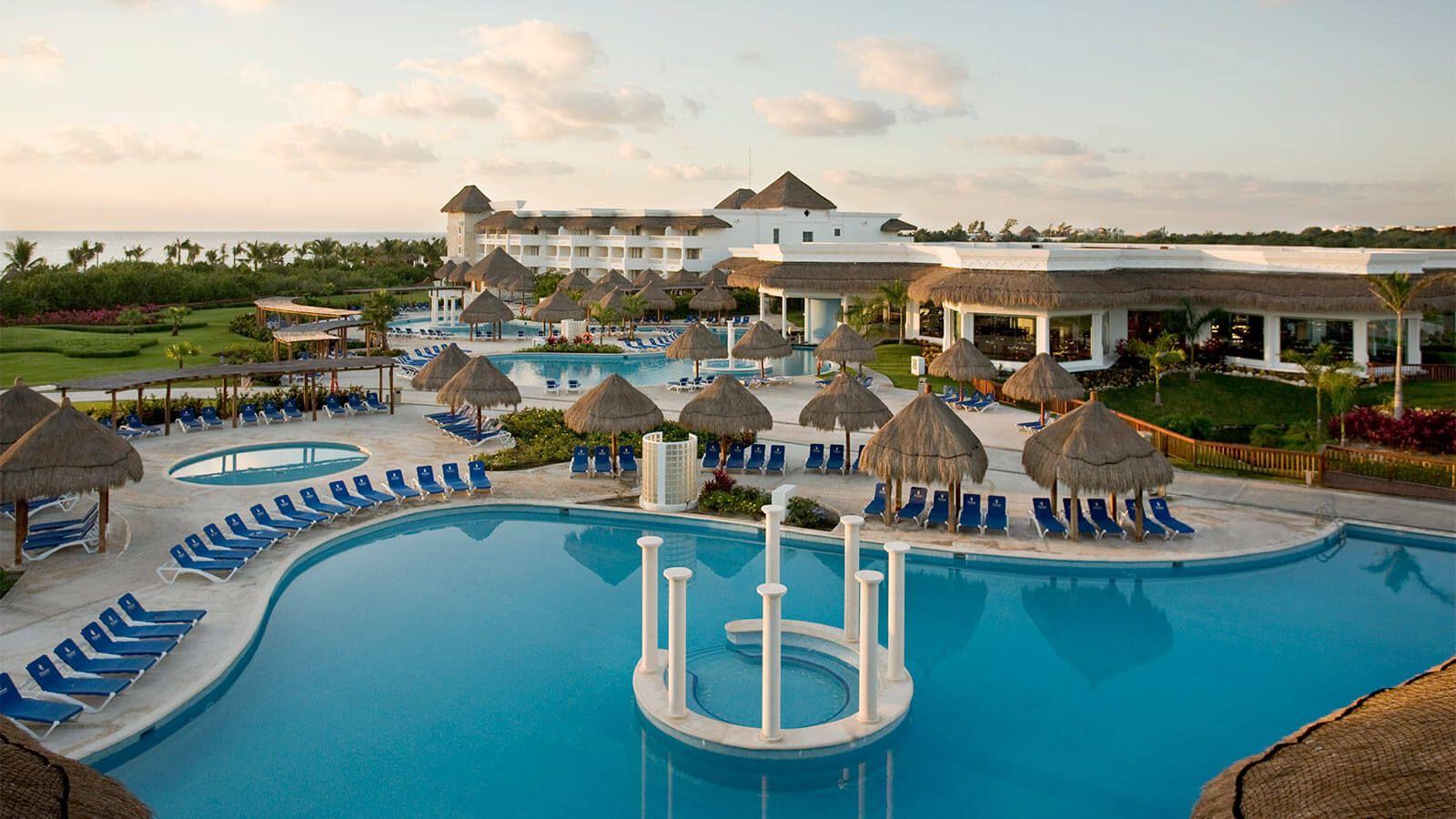 Revelion 2022 - Sejur cu familia plaja Grand Riviera Princess 5*, Mexic, 9 zile