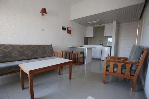 BORONIA HOTEL APARTMENTS(1 BEDROOM APTS)