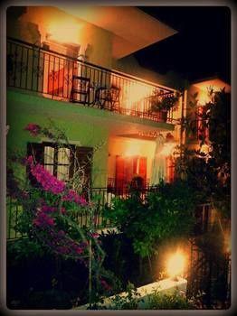 Alexandras House