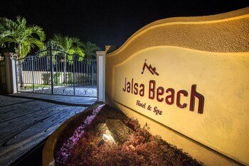 Jalsa Beach Hotel & Spa