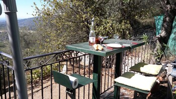 House With one Bedroom in Peille, With Wonderful sea View, Enclosed Ga