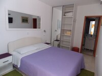 Jele Rooms