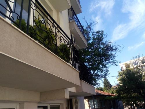 Asparuhov Guest Rooms & Apartments