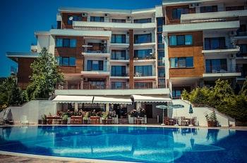 Messambria Fort Apartments