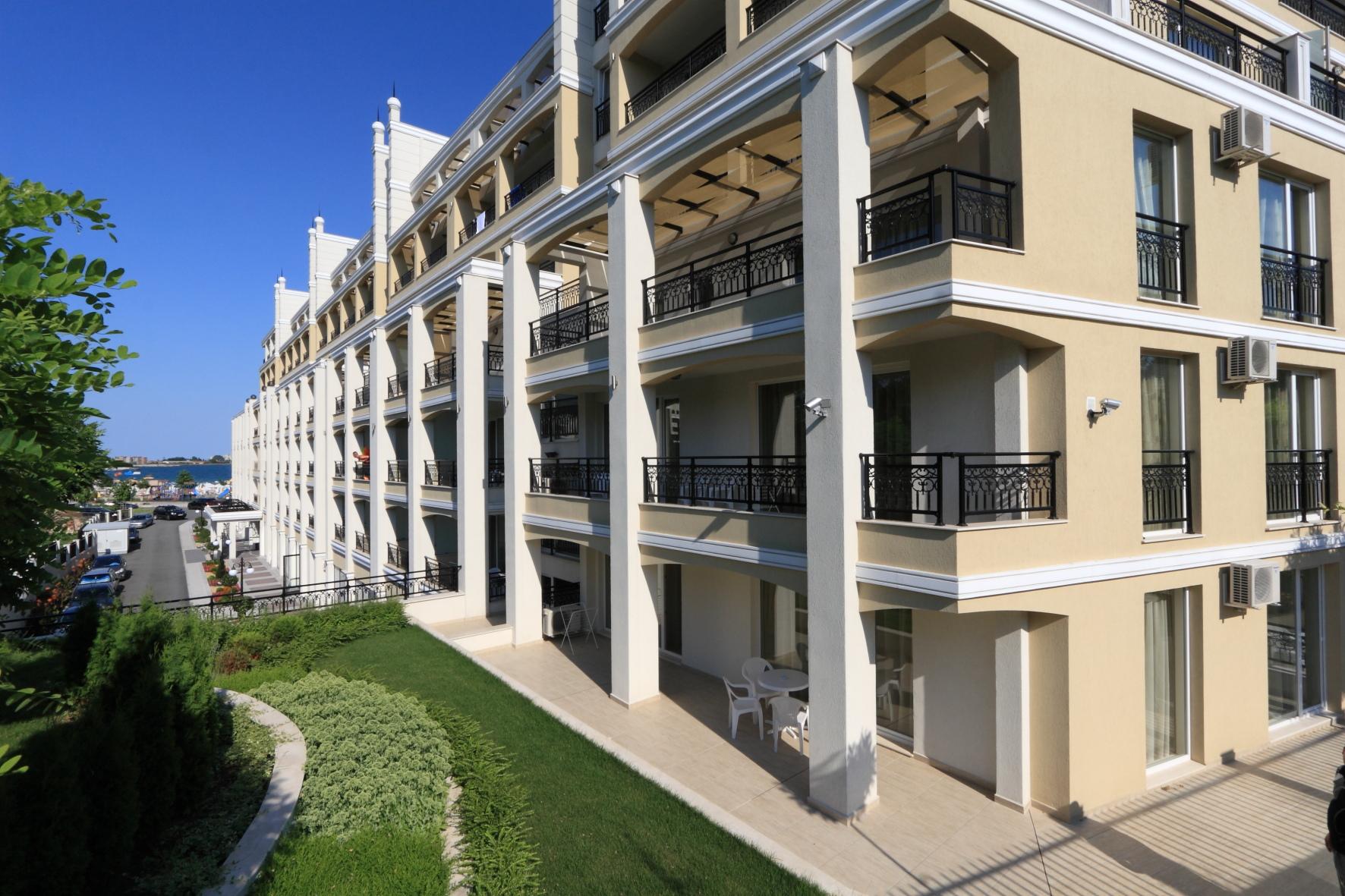 Penelopa Palace Aparthotel