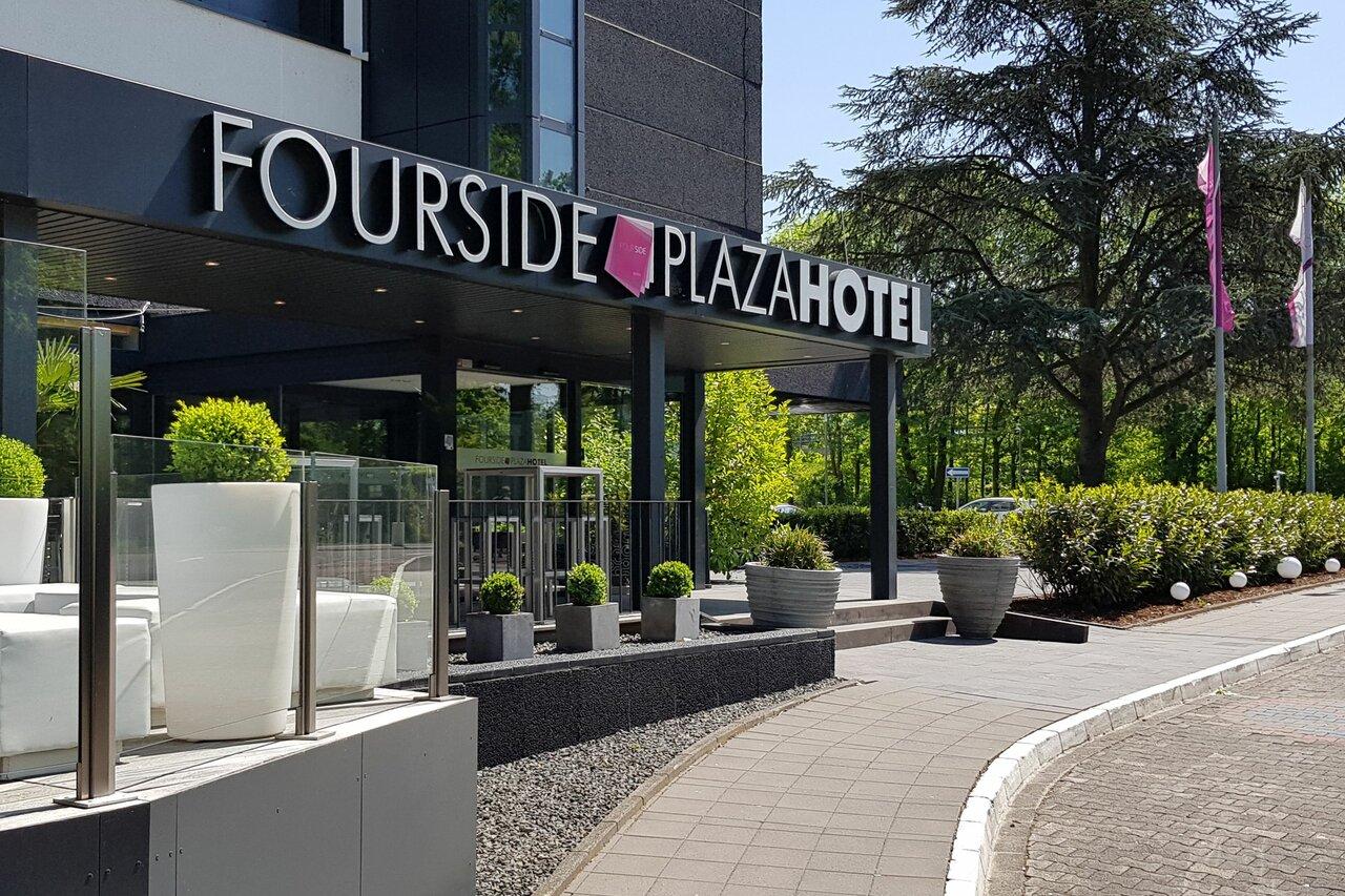 Fourside Plaza