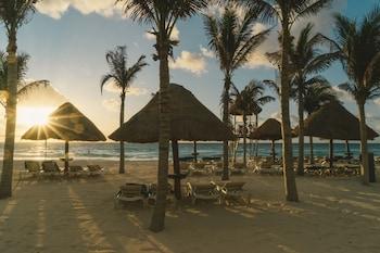 Nyx Cancun