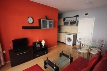 Sunny Day 5 Menada Apartments