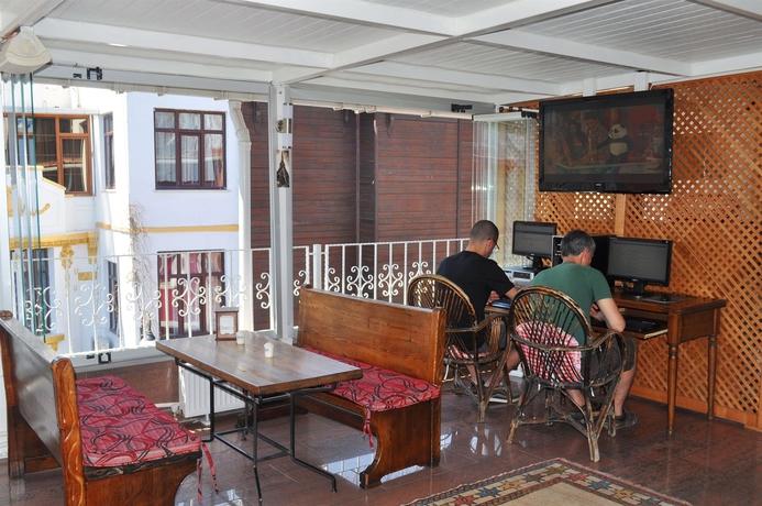Antique Hostel