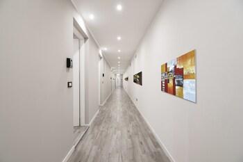 Cadorna Center Studio- Flats Collection