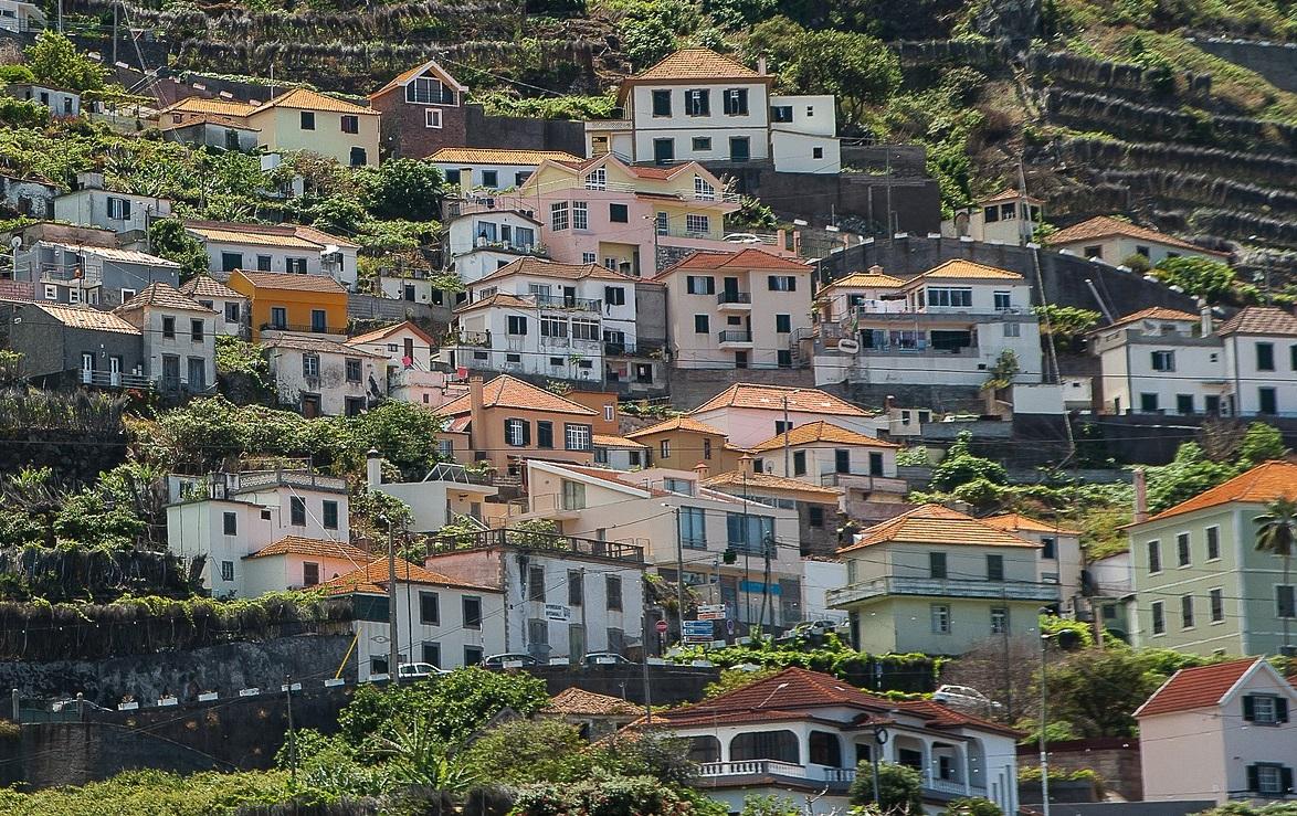 Insula Madeira si Insulele Azore