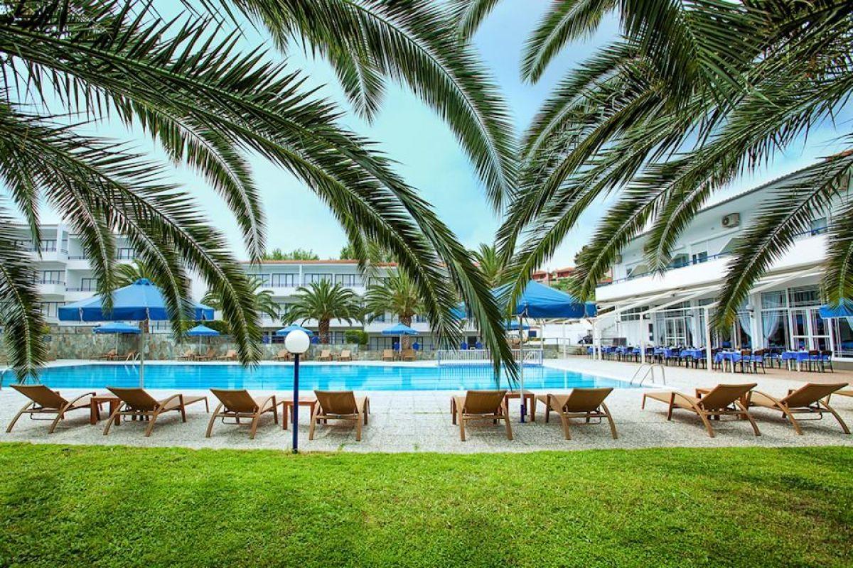 Port Marina Hotel