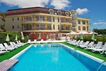 Anixy Apart Hotel