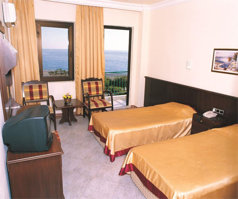 SUNFIRE BEACH HOTEL